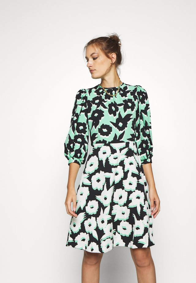PUFF SLEEVE DRESS - Korte jurk - green