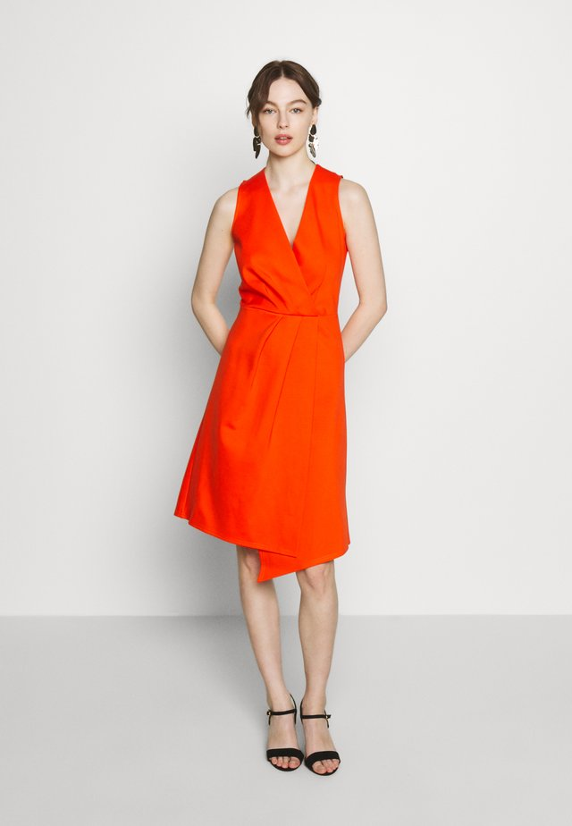 PLEATED WRAP A-LINE DRESS - Jerseyjurk - orange