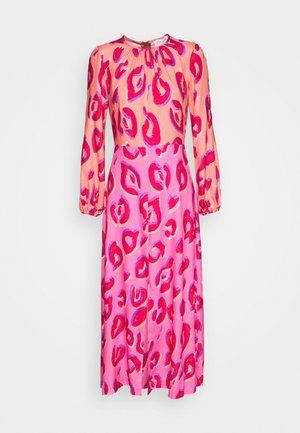 CLOSET GATHERED NECK A-LINE DRESS - Cocktailkjole - pink