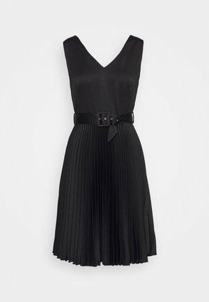 V-NECK PLEATED DRESS - Cocktail dress / Party dress - black