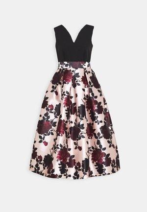 PLEATED SKIRT DRESS - Koktejlové šaty/ šaty na párty - black