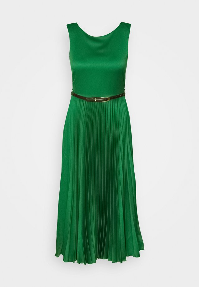 PLEATED DRESS - Robe d'été - forest green