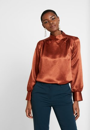 HIGH NECK GATHERED BLOUSE - Blouse - rust