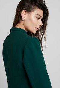 Closet - LONDON TAILORED - Blazer - green - 4
