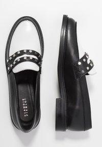 Claudie Pierlot - AFFECTIONE - Slippers - black - 3