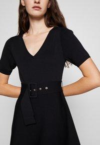Claudie Pierlot - MONCOEURE - Jumper dress - noir - 6
