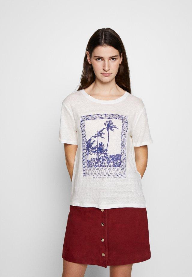 TOSCANEE - T-shirts med print - ecru