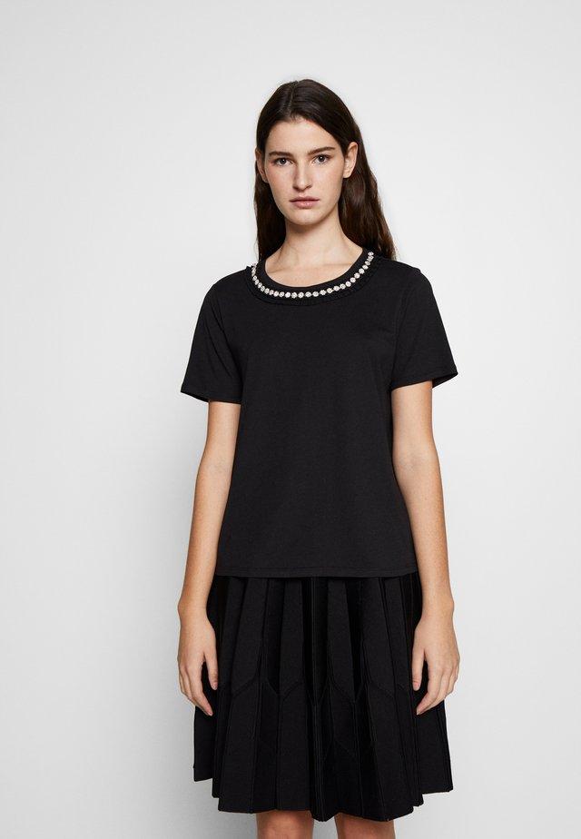 TANTOE - T-shirts print - noir