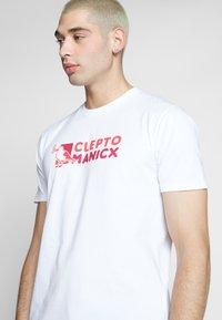 Cleptomanicx - DO NUT GULL - Print T-shirt - white - 3