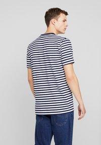 Cleptomanicx - STRIPE - Print T-shirt - navy - 2