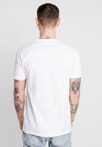 Cleptomanicx - ZITRONE - Print T-shirt - white - 2