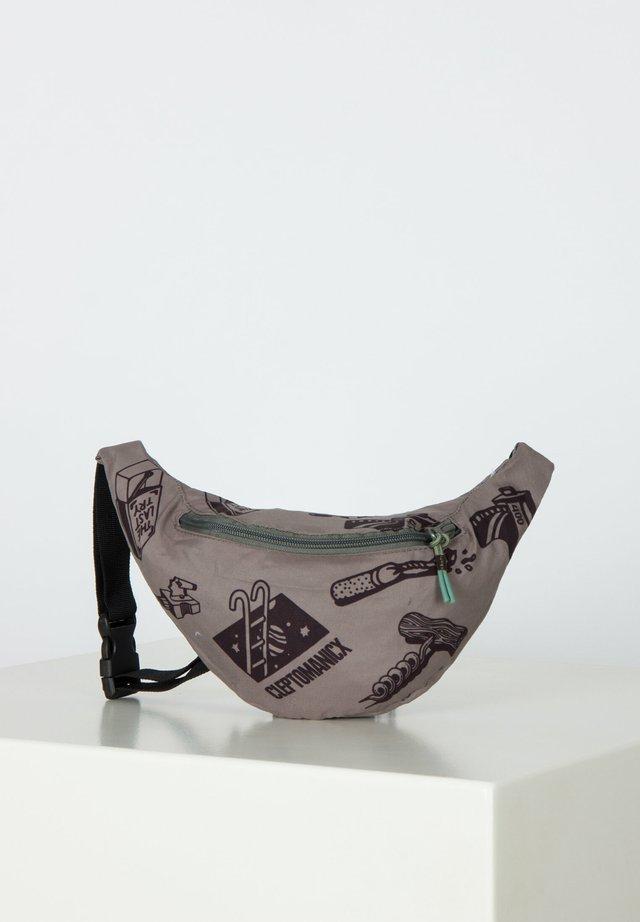 FORMULA - Bum bag - dusty olive