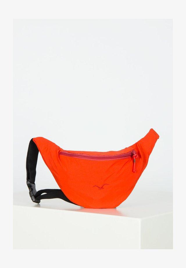 SIMPLIST - Bum bag - cranberry