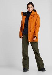 Wearcolour - STATE PARKA - Snowboard jacket - orange - 1