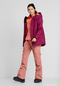 Wearcolour - CAKE JACKET - Snowboard jacket - tibetan red - 1