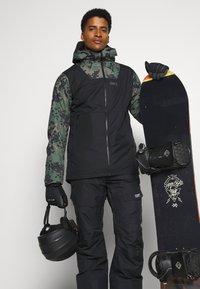 COLOURWEAR - TILT PANT - Snow pants - black - 3