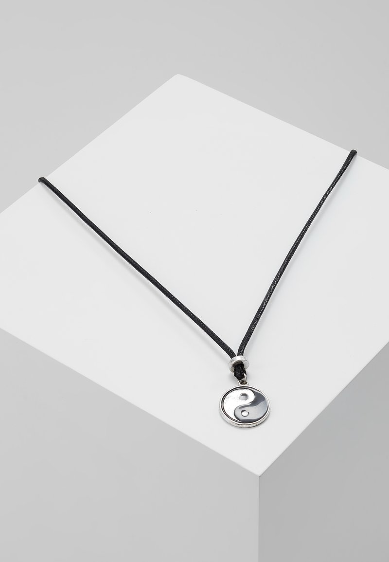 Classics77 - FAR FROM HOME NECKLACE - Halskette - silver-coloured
