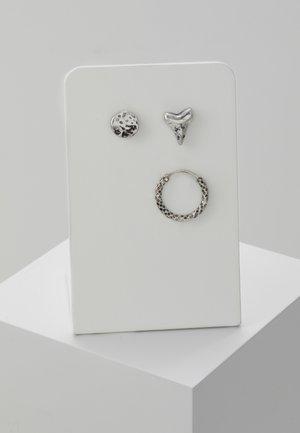GREAT WHITE EARRING 3 PACK - Korvakorut - silver-coloured