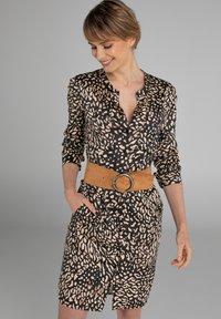 Claudia Sträter - Shirt dress - sand - 0