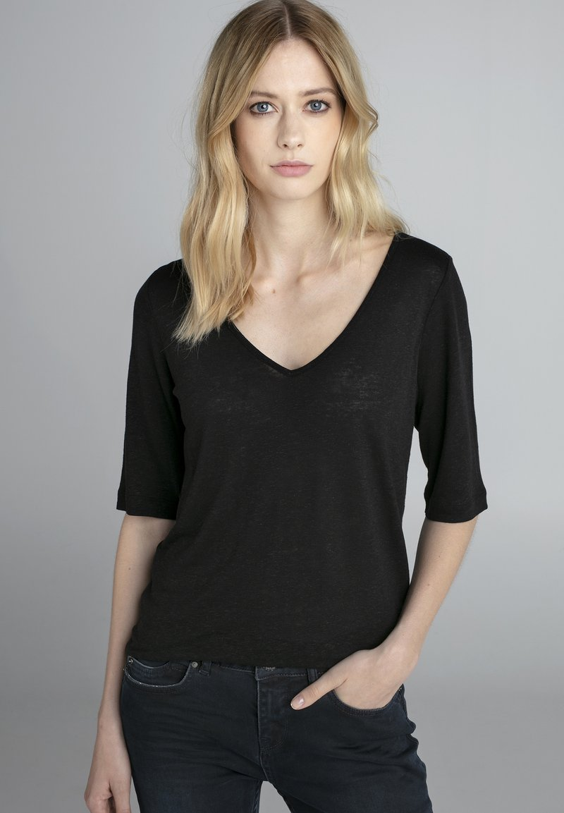 Claudia Sträter - Long sleeved top - black