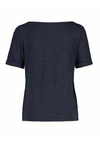 Claudia Sträter - Basic T-shirt - navy - 1