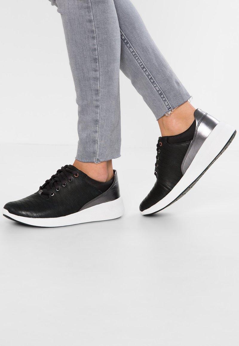 Clarks Unstructured - UN ALFRESCO  - Sneakers - black