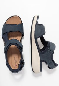 Clarks Unstructured - UN BALI TREK - Wedge sandals - navy - 3