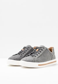 Clarks Unstructured - UN MAUI LACE - Sneaker low - grey - 4