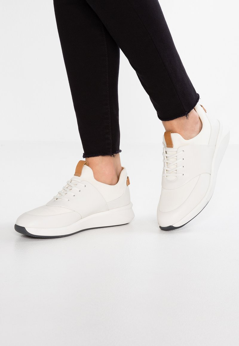 Clarks Unstructured - UN RIO LACE - Trainers - white