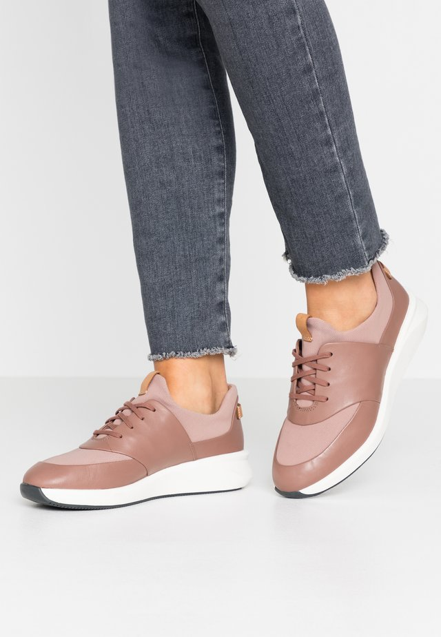 UN RIO LACE - Trainers - dark blush