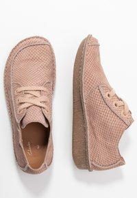 Clarks Unstructured - FUNNY DREAM - Zapatos con cordones - dusty pink - 3