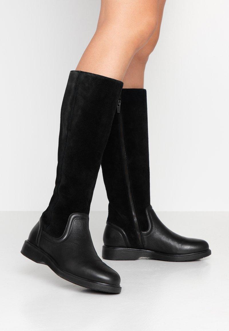 Clarks Unstructured - UN ELDA HI - Vysoká obuv - black