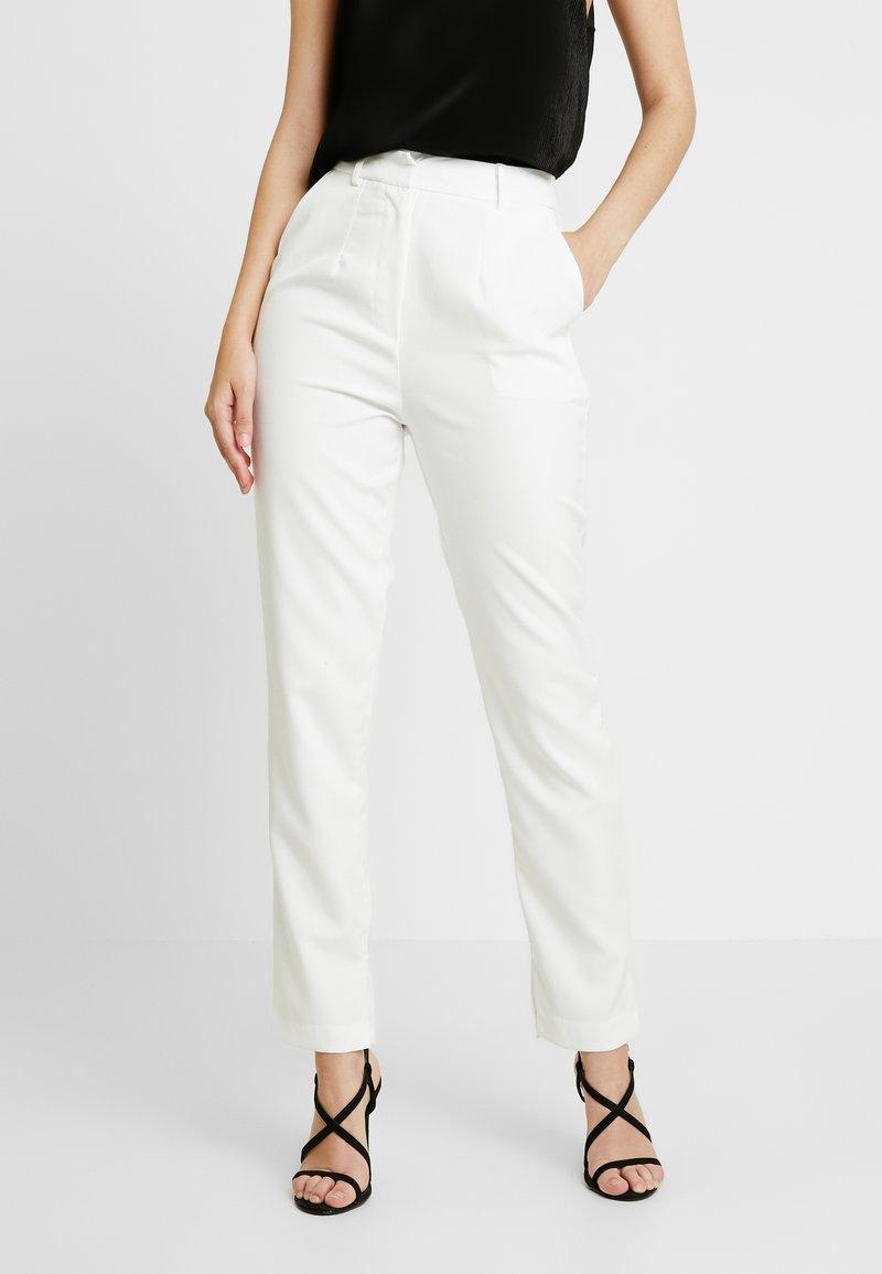 Club L London - Pantalones - white