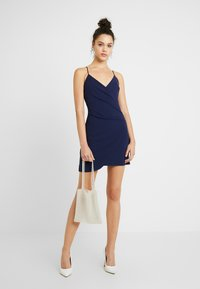 Club L London - Kjole - navy - 2