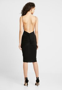 Club L London - RUCHED MIDI DRESS - Vestido de tubo - black - 0