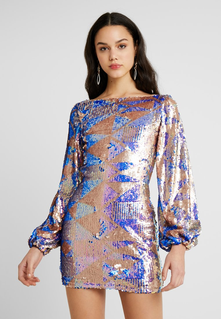 Club L London - AZTEK SEQUIN DRESS WITH GATHERED SLEEVE - Cocktailkjole - pink