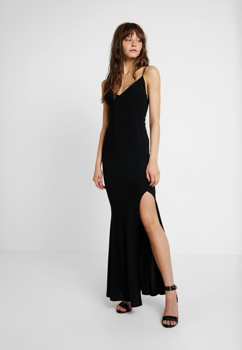 Club L London - CAMI STRAP MAXI DRESS WITH THIGH SPLIT - Společenské šaty - black