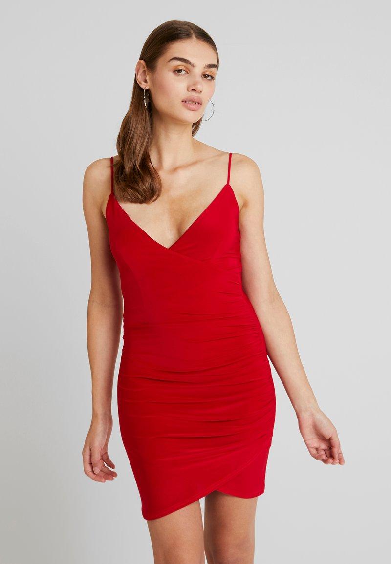 Club L London - WRAP CAMI DRESS - Shift dress - red