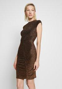 Club L London - METALLIC RUCHED FRONT MINI DRESS - Sukienka koktajlowa - gold-coloured - 3
