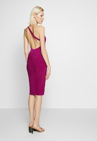 Club L London - ONE SHOULDER RUCHED BUM MIDI DRESS - Cocktailkjole - berry - 2