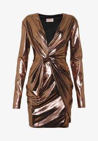 Club L London - METALLIC TWIST KNOT FRONT MINI DRESS - Robe de soirée - gold - 4