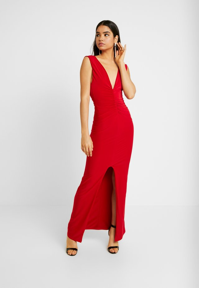 BACKLESS RUCHED FRONT SPLIT MAXI DRESS - Galajurk - red