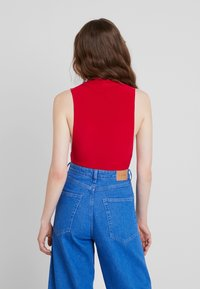 Club L London - Blusa - red
