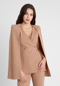 Club L London - Blazer - camel - 0