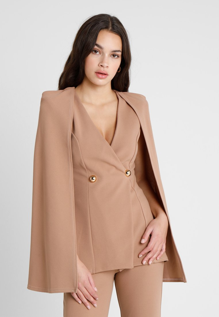Club L London - GIRL BOSS - Blazer - camel