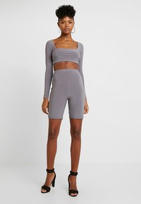Club L London - CYCLING SHORTS - Shorts - taupe - 1