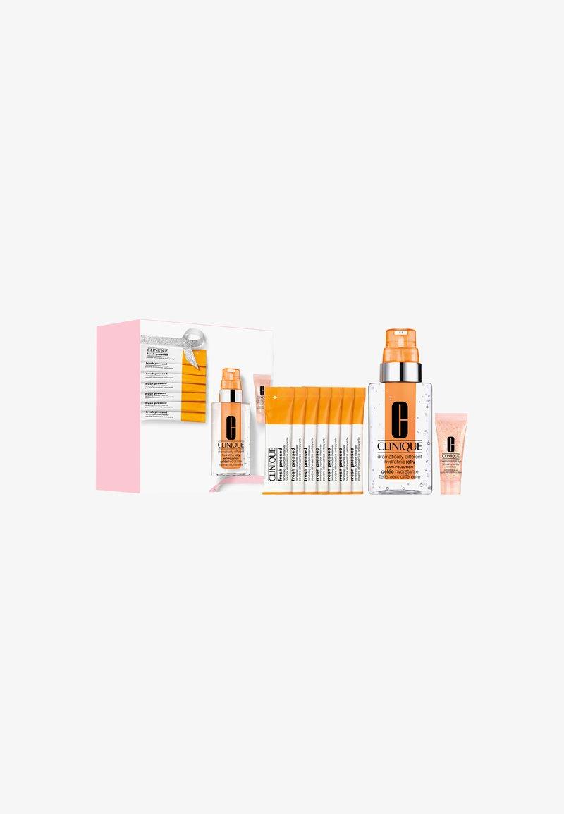 Clinique - CLINIQUE ID SET: FATIGUE - Skincare set - -