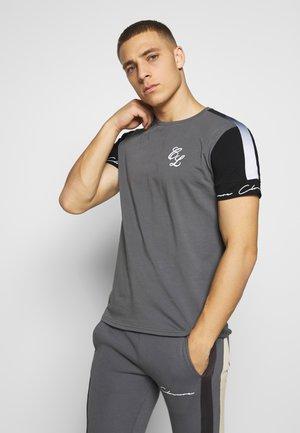 FADE STRIPE BAND TEE - T-shirt print - grey
