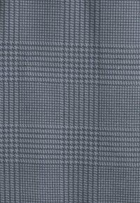 CLOSURE London - PANELLED TEE - T-Shirt print - black - 2
