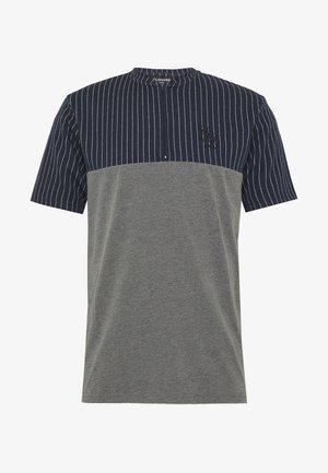 CONTRAST TEE - T-shirt imprimé - navy